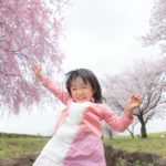 子どもが選んだ洋服の色、親はどう対応する?